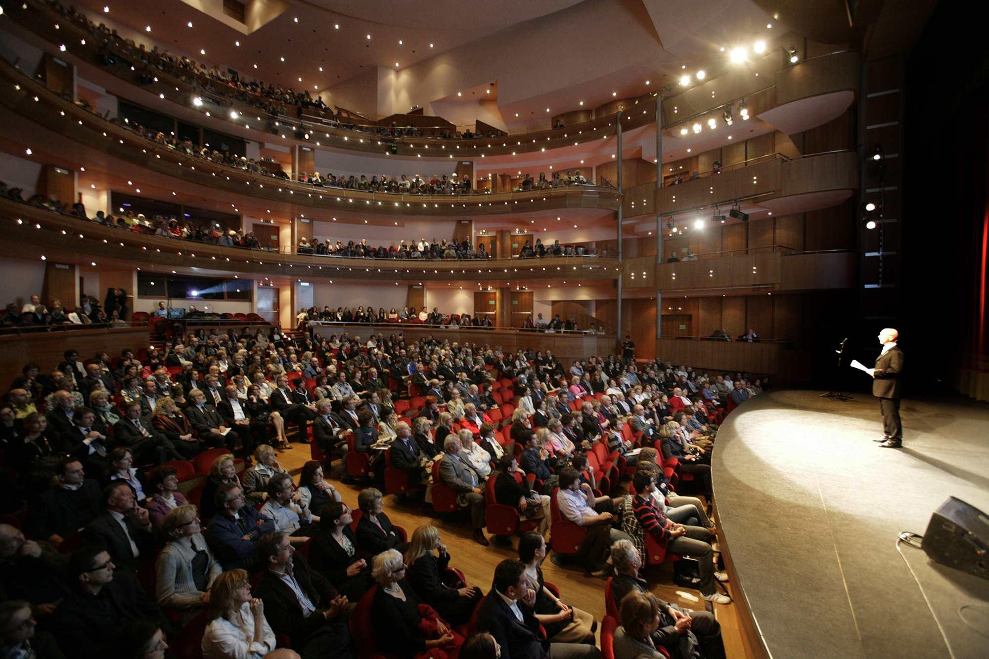 VL  Cerimonia di premiazione Ala al-Aswani